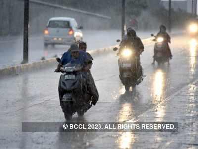 Gujarat: IMD predicts heavy rainfall in Saurashtra, Kutch for today