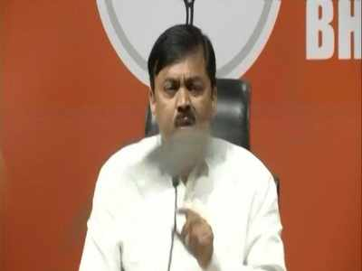 Watch: Shoe hurled at GVL Narasimha Rao during presser, BJP's national spokesperson blames Congress