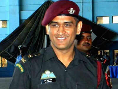 MS Dhoni begins training with Indian Army's Parachute Regiment