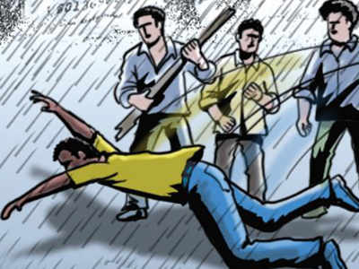 Shaktisinh Gohil's driver assaulted at petrol pump
