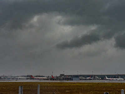 Mumbai Rains Updates: Shivaji Maharaj International Airport resumes flight operations at 10pm