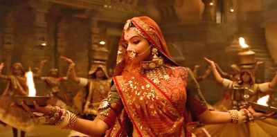 Padmavati first song Ghoomar: Deepika Padukone looks ethereal in this much anticipated film with Shahid Kapoor, Ranveer Singh