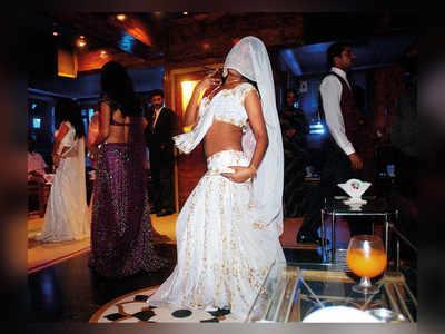 Dance bar raided in Goregaon; 19 arrested