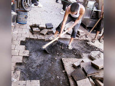 Take a hike: BMC cuts budget for footpath repairs by 86%