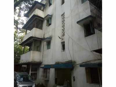 WR declares 20 residential buildings unsafe; employees surprised by sudden decision