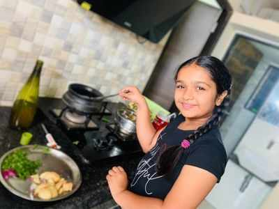 Aditi Jaltare treats her co-stars with homemade Maharashtrian delicacies on the sets of Punyashlok Ahilyabai