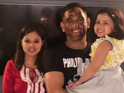MS Dhoni turns 38: Sachin Tendulkar, Virat Kohli and Jasprit Bumrah among others wish the former Indian captain