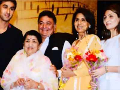 Riddhima shares never-seen-before pictures of Rishi Kapoor