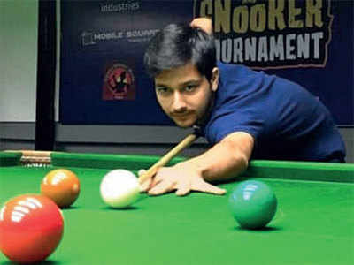 Nitesh sails to quarters