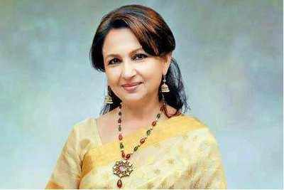 Sharmila Tagore, Virender Sehwag support e-conclave for prevention of violence against women
