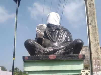Tamil Nadu: Social reformer Periyar EV Ramasamy's statue vandalised in Kancheepuram
