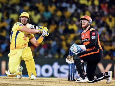 Chennai Super Kings beat Sunrisers Hyderabad by 6 wickets