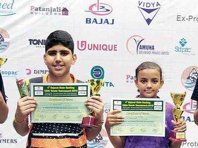 Himansh wins Cadet Boys' crown