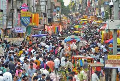 Citizens want shut parking lot to function during Ganeshotsav