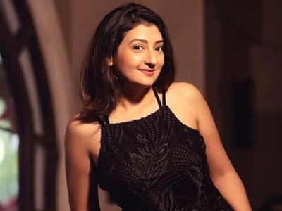 Juhi Parmar recalls shooting with Kumkum co-star Hussain Kuwajerwala, says the show will always remain close to her heart