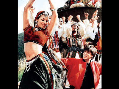 Malaika Arora goes 'Chaiyya Chaiyya' again