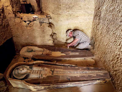 Egypt uncovers 4,500-year-old burial site