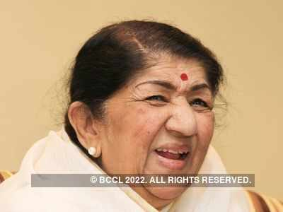Lata Mangeshkar makes Instagram debut