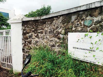 Company's Chakan unit violating rules, say health officials