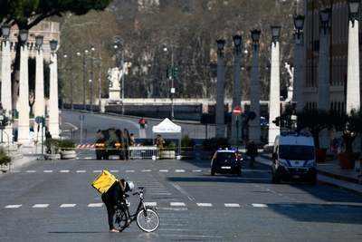 Coronavirus Updates: France reports 108 new coronavirus deaths in last 24 hours