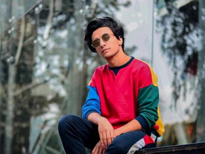Musician and Digital creator Aksh Baghla hosts an e-sangeet for Dubai couple