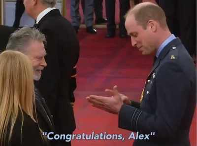 Prince William praised for congratulating award recipient Alex Duguid using sign language