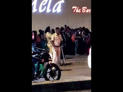 Mira-Bhayandar: Cops parade bar dancers for safety check; probe launched