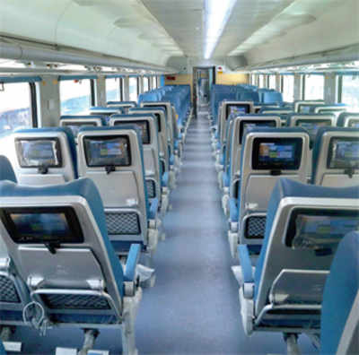 Tejas Express: Day One, several headphones stolen