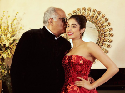 Janhvi Kapoor wishes dad Boney Kapoor with a heart-warming post on his birthday