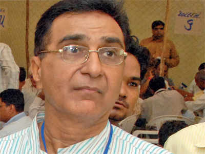 Deepak Babaria embroiled in another 'Slapgate'