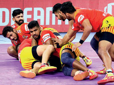 Giant relief as they tame Patna Pirates