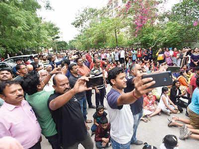 Soc livestreams its protest as PMRDA eyes internal road