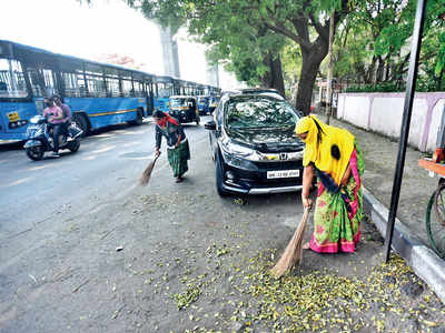 PMC's sweepers toil without payments