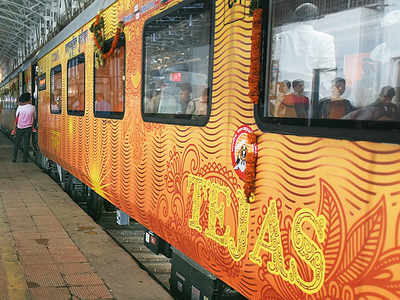 IRCTC to compensate Rs 100 to each passengers of Ahmedabad-Mumbai Tejas Express for over one hour delay