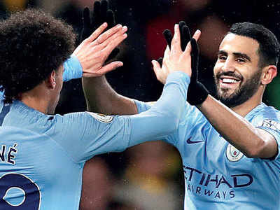 Mahrez-Sane give City lead
