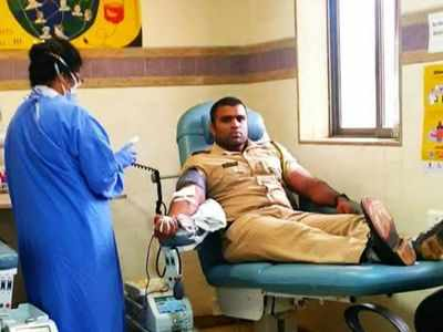 City constable donates blood to 14-year-old amid cyclone Nisarga and COVID-19 crisis