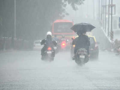 Mumbai: 230 mm rainfall recorded in 10 hours, more expected in next three hours