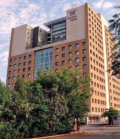 HC comes down heavily on eight private hospitals