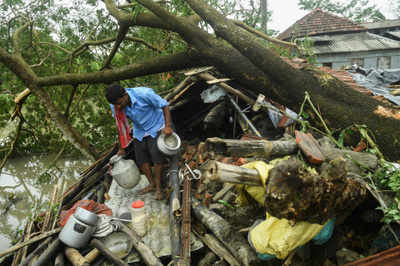 Cyclone Amphan live updates: Bengal CM announces Rs 1,000 cr fund for restoration work