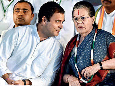 SC allows I-T to reopen tax files of Rahul, Sonia