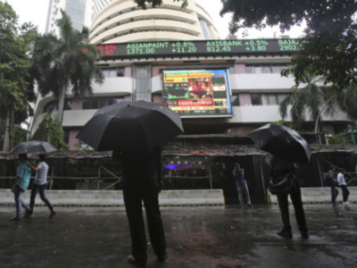Sensex jumps 634 points as US-Iran tensions ease, auto and realty stocks gain