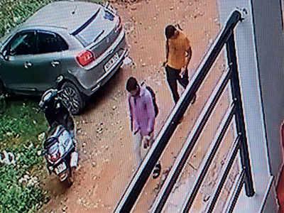 Drive-in burglars strike in Whitefield