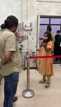 Viral Video: Shiv Sena corporator Sandhya Doshi creates a ruckus at Bhagwati Hospital