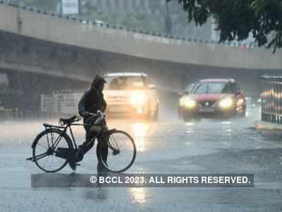 IMD forecasts heavy rains in Pune till June 4