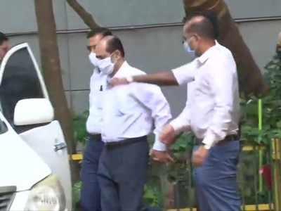 Mukesh Ambani bomb scare: Sachin Vaze's NIA custody extended till April 7