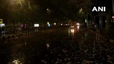 Delhi-NCR news live: Light rains, dust storm reported in parts of Delhi-NCR