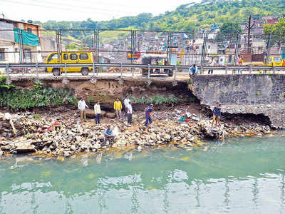 We are next, as soon as water is released from Khadakwasla, say residents on Mula Mutha canal breach flood