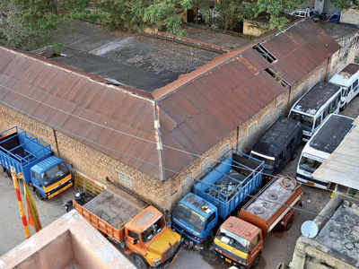 Garbage compactors land BBMP in Lokayukta court