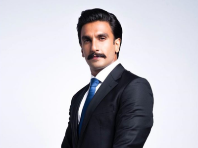 Watch: Ranveer Singh wraps up London schedule of '83 in style