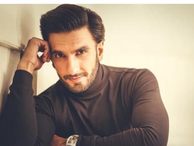 Ranveer Singh's car hit by bike, actor unhurt